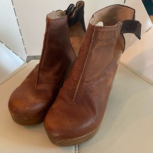 Free People clogs, size 9